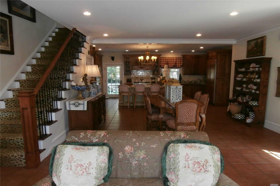 110 Baldwin Avenue, Point Lookout, New York 11569, 4 Bedrooms Bedrooms, ,3 BathroomsBathrooms,Residential,For Sale,Baldwin,3161517