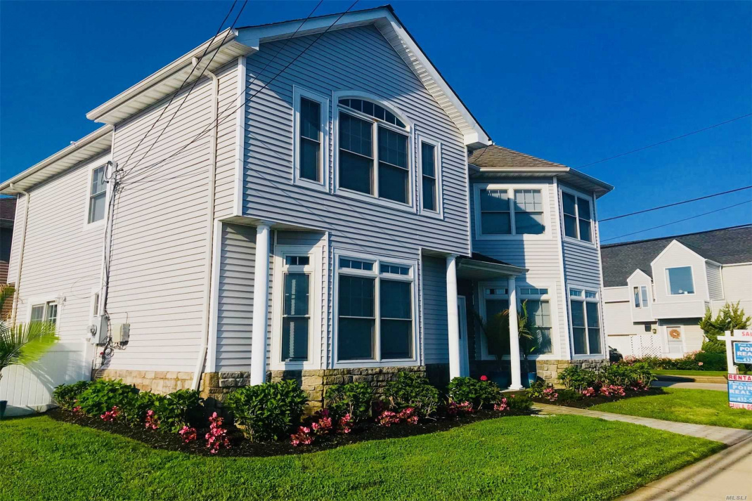 25 Lido Boulevard, Point Lookout, New York 11569, 4 Bedrooms Bedrooms, ,3 BathroomsBathrooms,Residential Lease,For Rent,Lido,3210389