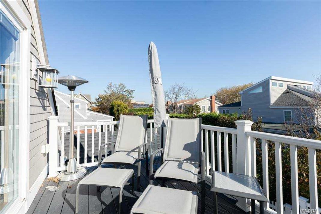 Sun porch off master suite
