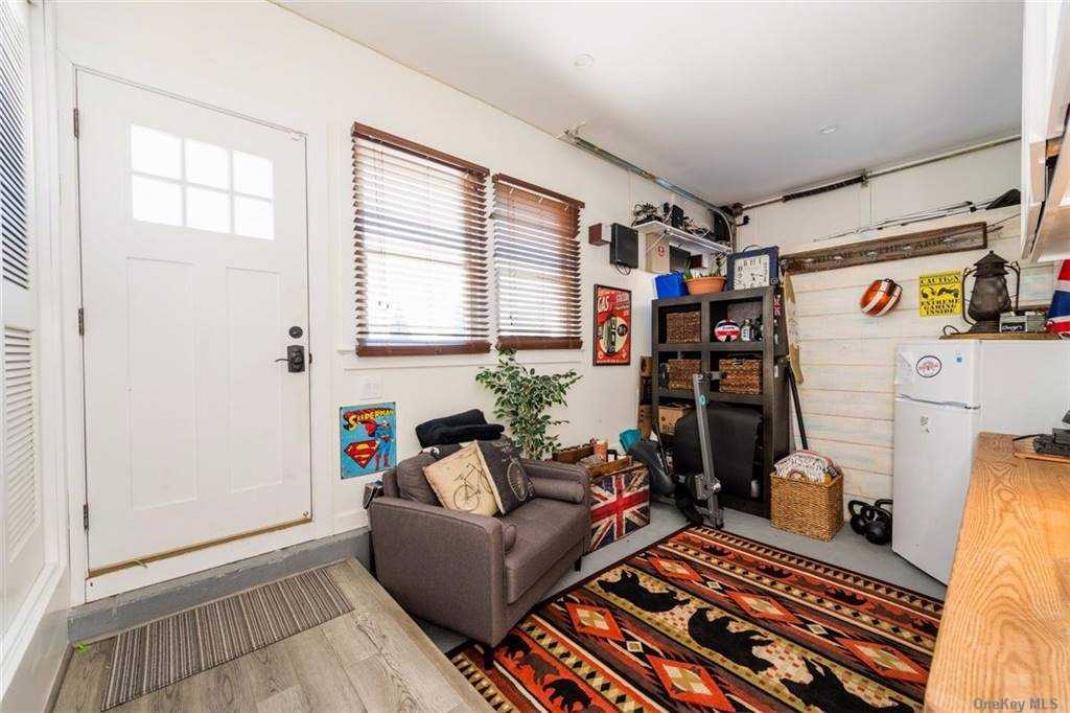 Garage/Family room