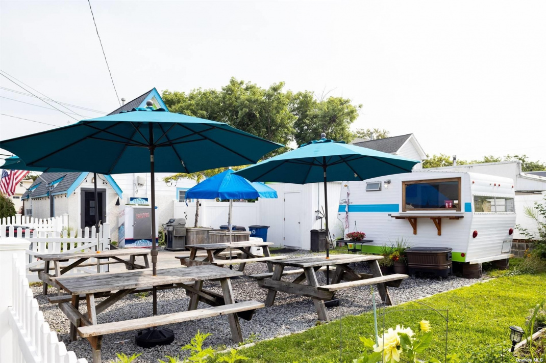Rear lot used for outdoor dining